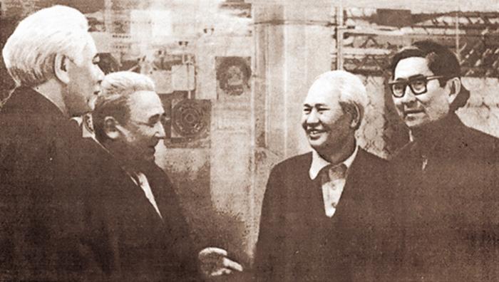 «Мұзжарғыш».Жазушы Ілияс Есенберлиннің туғанына – 100 жыл
