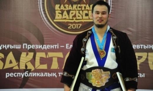 Еламан Ерғалиев «Қазақстан Барысы» турнирінің жеңімпазы атанды