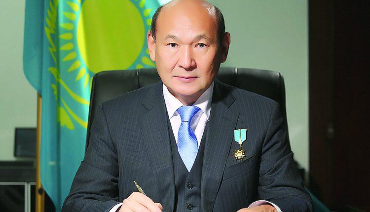 Серік АҚШОЛАҚОВ,  Қазақстанның Еңбек Ері, нейрохирург-дәрігер: БІЗ – ҚҰДАЙ ЕМЕСПІЗ…