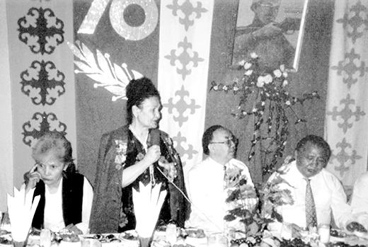 Кеңес Одағының Батыры Әлия Молдағұлованың 70 жылдығында. 1995 жыл.