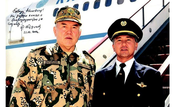 Ербол ОСПАНОВ, Тұңғыш Президенттің бірінші шеф-пилоты: ЕЛБАСЫ ҰШАҚТЫҢ ШТУРВАЛЫНА  ОТЫРҒАН ЕМЕС