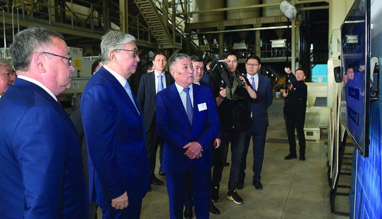 Президент Қасым-Жомарт ТОҚАЕВ: Жер шетелдіктерге сатылмайды