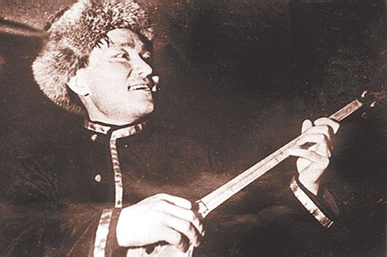 Елебеков пен Елебаев